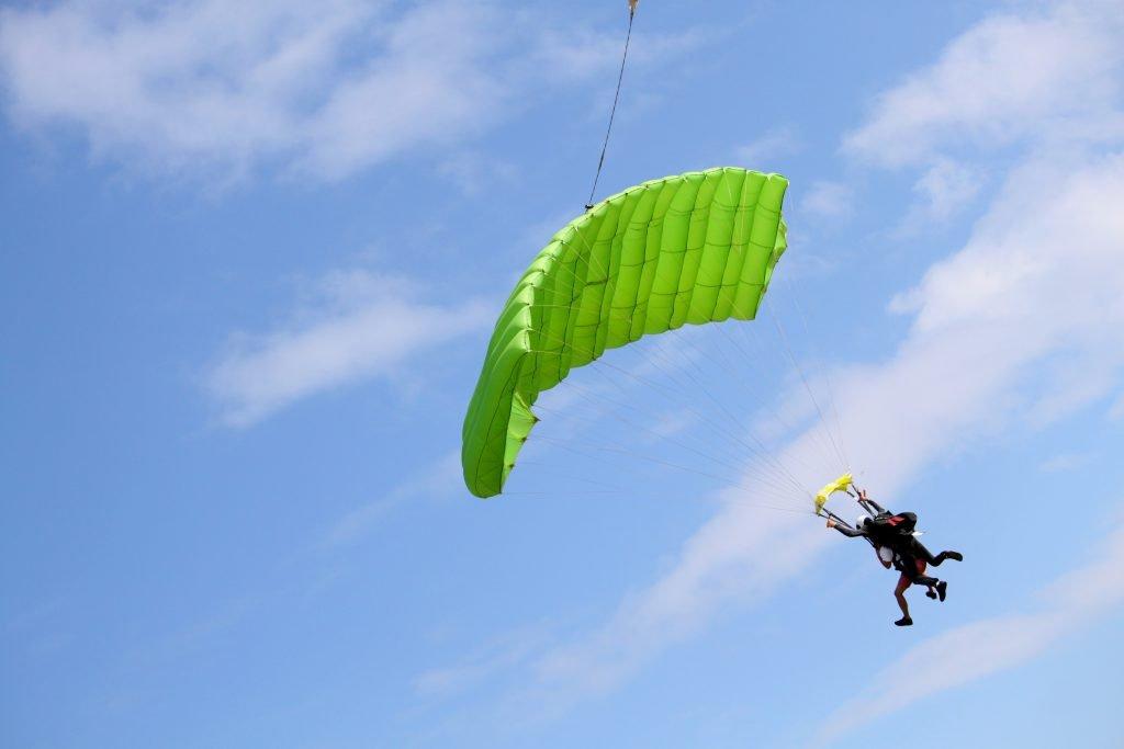 Choisir saut en parachute
