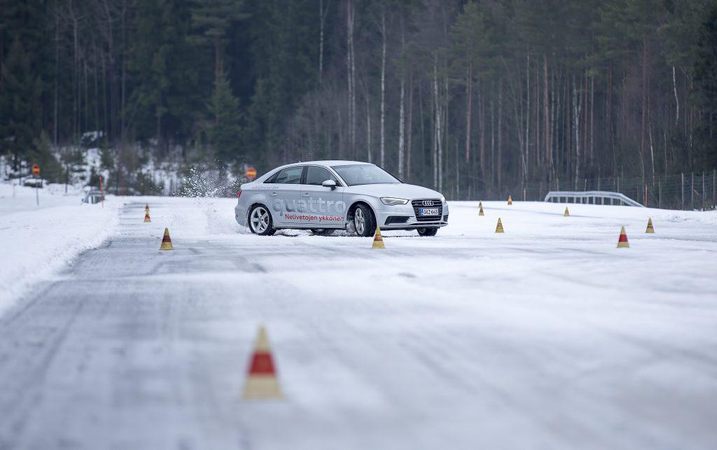Pilotage sur glace en Audi