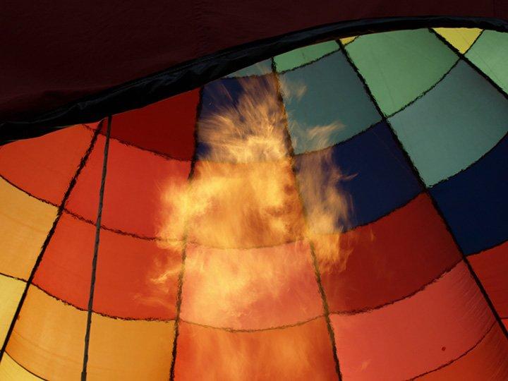 Gonflage d'une montgolfière